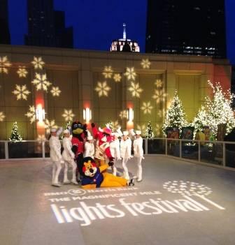 BMO Harris Bank celebrates Magnificent Mile Lights ...