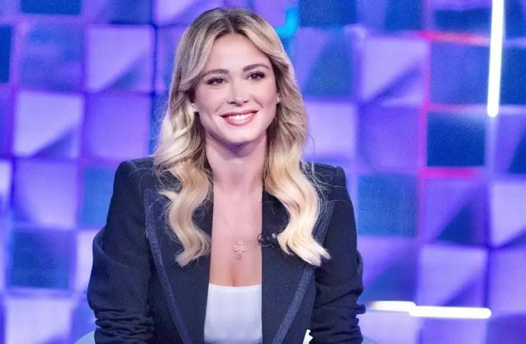 Diletta Leotta a Verissimo: «Sono innamorata, ma io e Can Yaman adesso siamo lontani». E ammette il ricorso alla chirurgia estetica