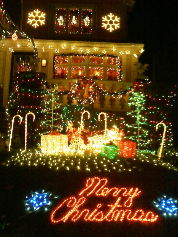 32 Awesome Christmas Lights Decorations Ideas Decoration