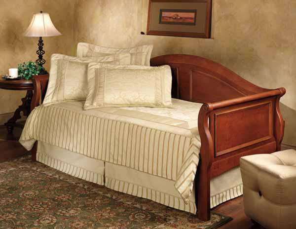 Bedford Daybed Cherry Finish Decor South