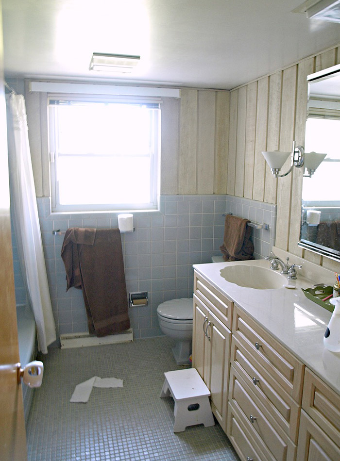 Before Amp After A Modern Wheelchair Accessible Bathroom