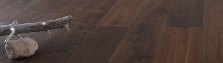 Donker eiken vloer free textuur van de oude donkere houten vloer