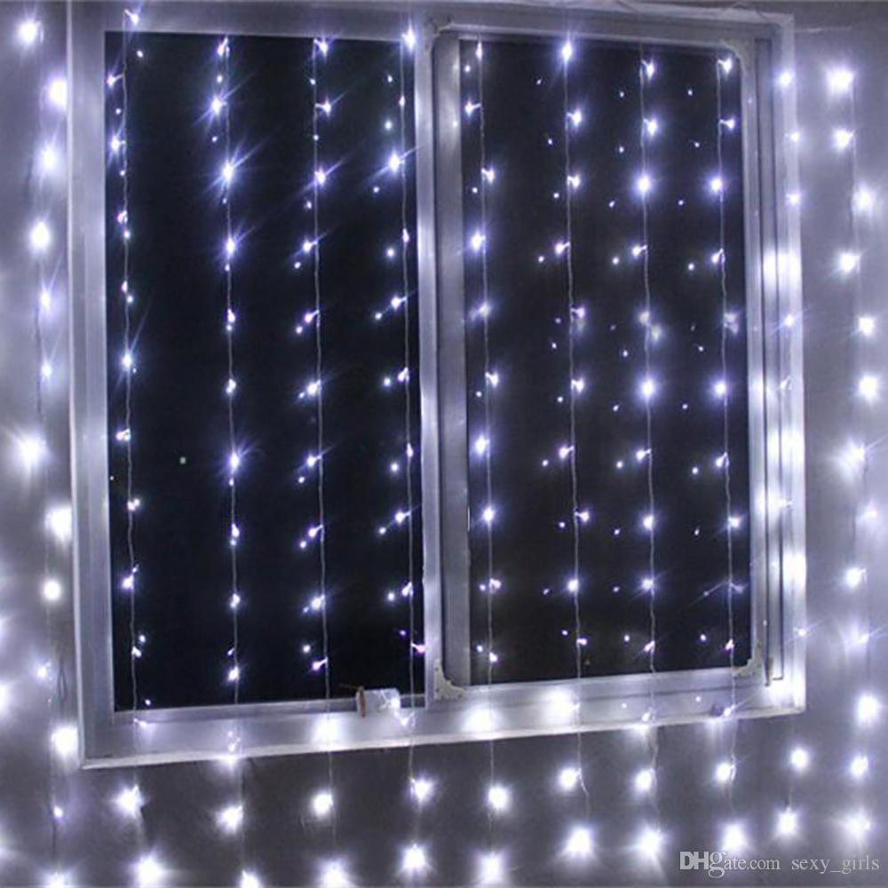Home Accents 300 Mini Icicle Lights Led