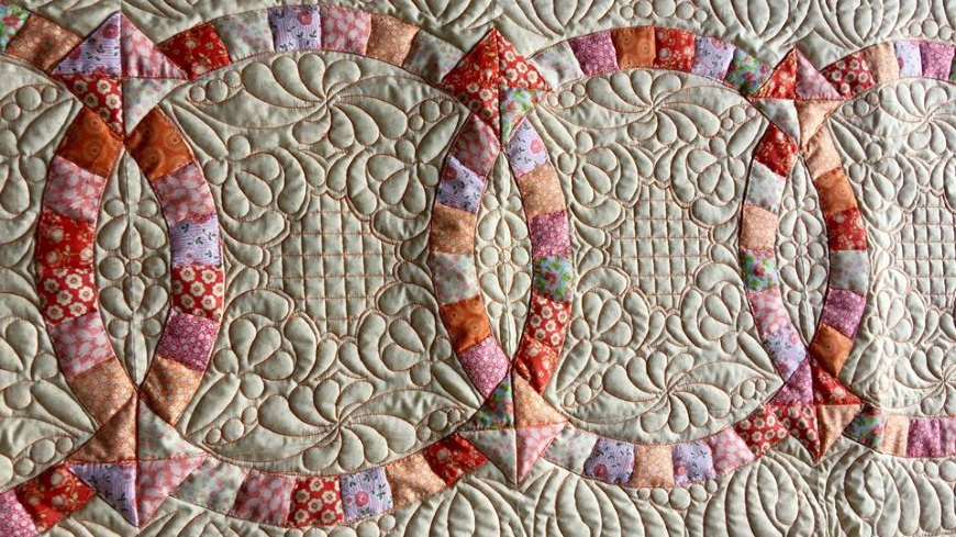 Winding Waves Quilt Pattern