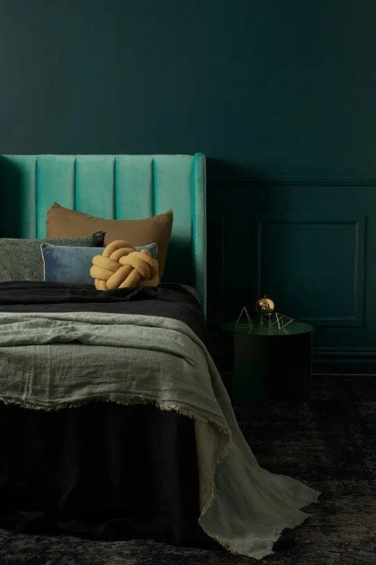 26 Sexy Moody Bedroom Designs That Catch An Eye Digsdigs