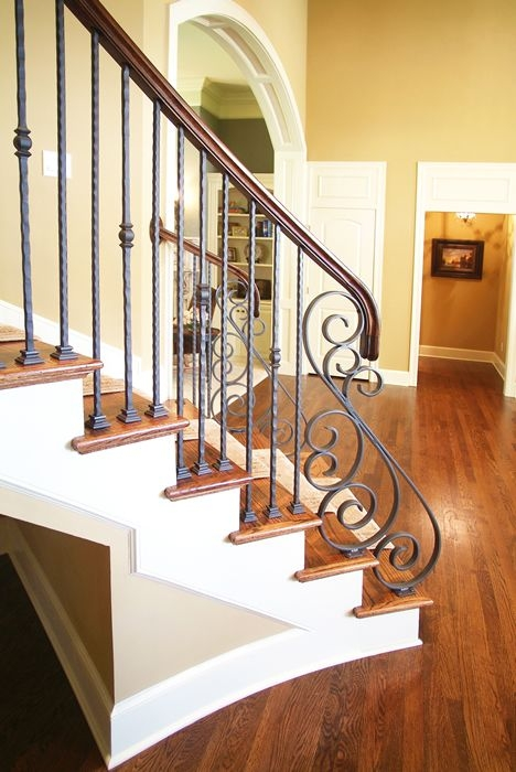 33 Wrought Iron Railing Ideas For Indoors And Outdoors | Wrought Iron And Wood Stair Railing | Decorative | Iron Rail | Stairway | Wood Cap | Hand