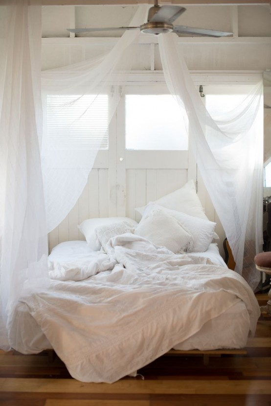23 Dreamy And Practical Mosquito Nets For Your Bedroom