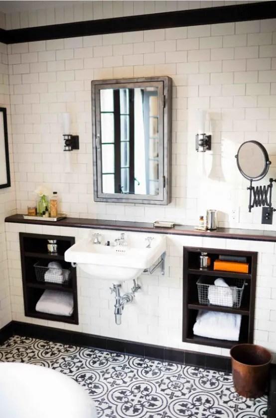 Amazing Black And White Bathroom Design With A Retro Vibe