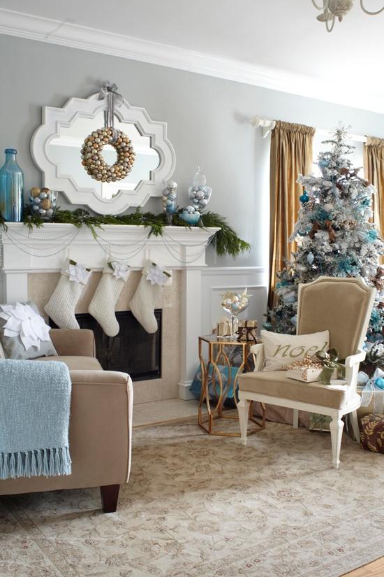 Family Room Christmas Decor Ideas