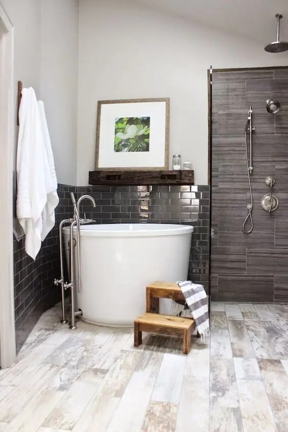 26 Relaxing Soaking Tubs With Cool Therapeutic Designs