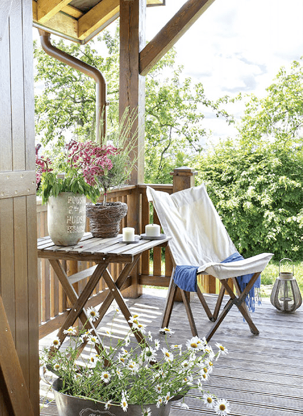 Beach And Cottage Furniture