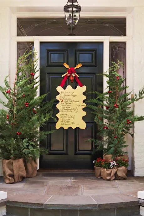 Apartment Decorating Ideas Christmas Door