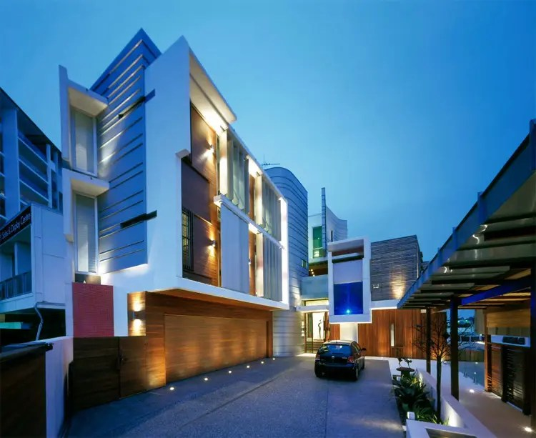Unique House With Private Garden In Modern Style By
