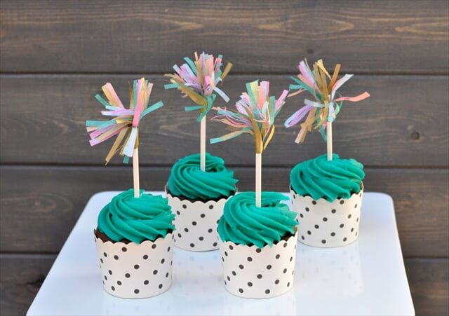 10 Diy Cupcake Topper For Special Occasions Diy To Make