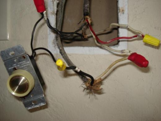 ceiling fan w cfl and dimmer switch   DoItYourself com Community Forums Name  Wires jpg Views  27693 Size  28 9 KB
