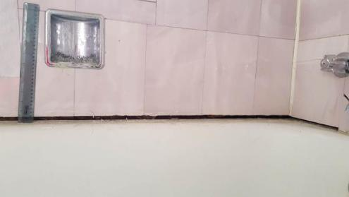 Grout Between Tile And Tub   Shapeyourminds com Large Gap Between Tub And Tile 1 2 How To Caulk Doityourself