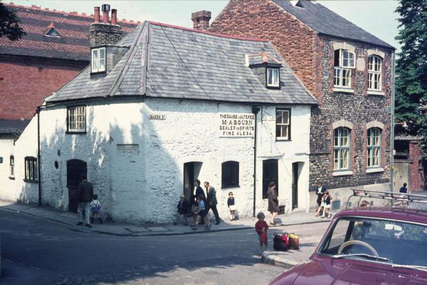 Fish Shop Queen Street