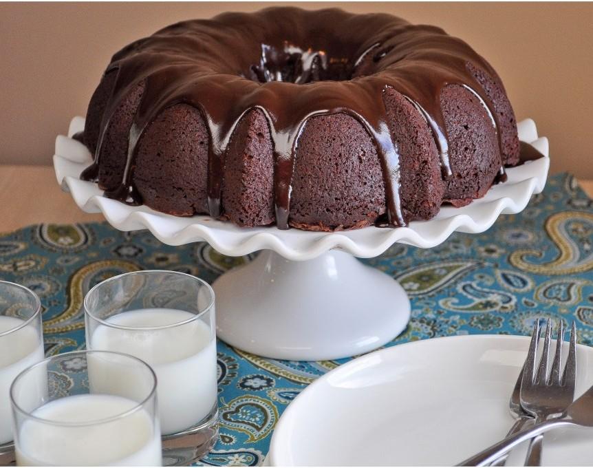Tunnel Of Fudge Cake Eat More Chocolate Eat More Chocolate