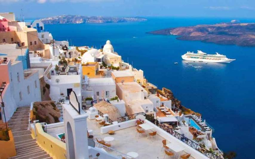 Greece is trailing in high income tourists   Business   ekathimerini com