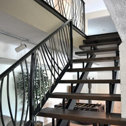 Elegant Iron Studios Custom Ornamental Metalwork Modern | Modern Metal Railings Interior | Modern Style | Horizontal | Wood | Simple | Custom