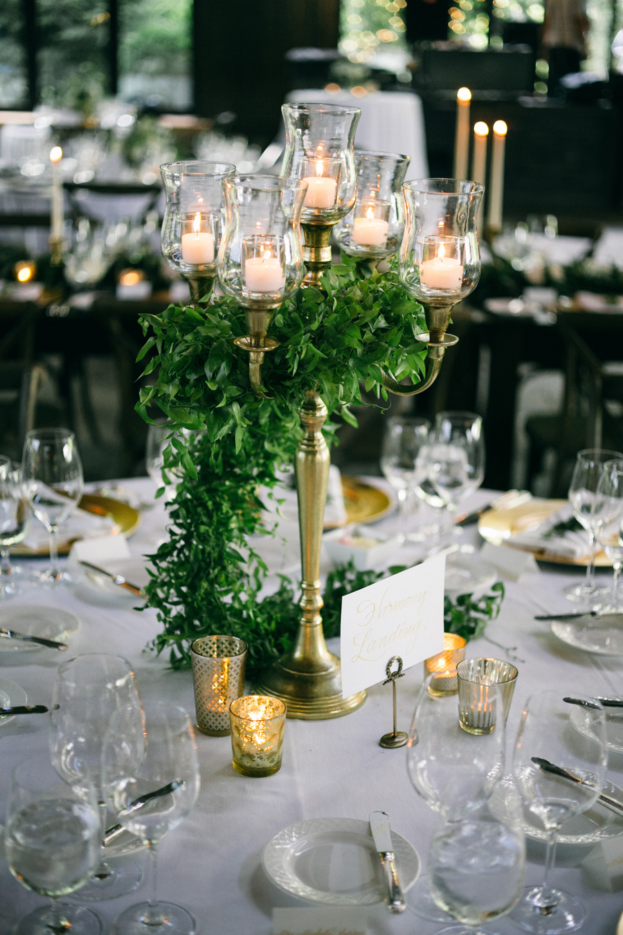 Simple Wedding Table Centrepieces