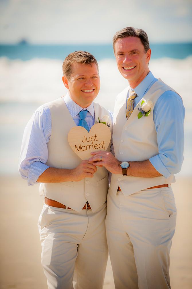 San Diego Ca Gay Wedding Officiants And Wedding Planners Gay Friendly Beach Weddings San Diego