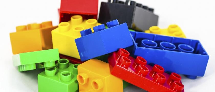 Top 5 Feats of LEGO Engineering   www engineersaustralia org au LEGO     blocks