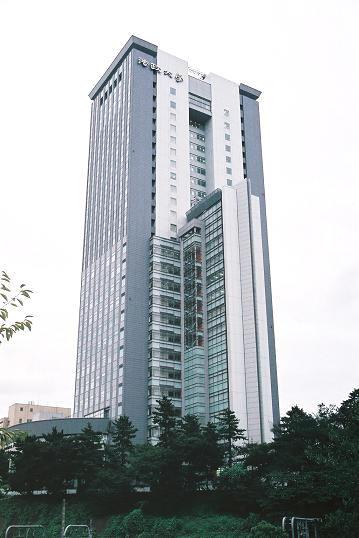 法政大学ボアソナード・タワー 東京都千代田区・超高層校舎
