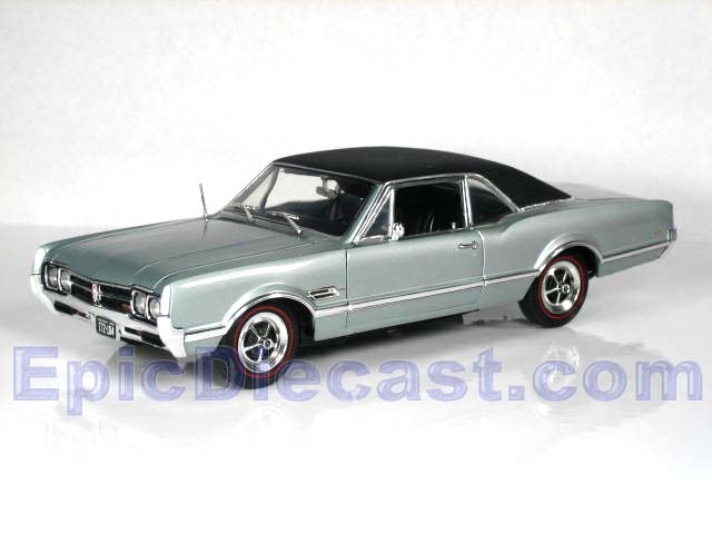 Olds Diecast Cars  Epic Diecast Cars from Chip Foose and GMP Highway 61 Diecast Cars      1966 Oldsmobile 442 W30 1 18