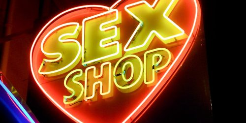 Primera vez en un Sex Shop