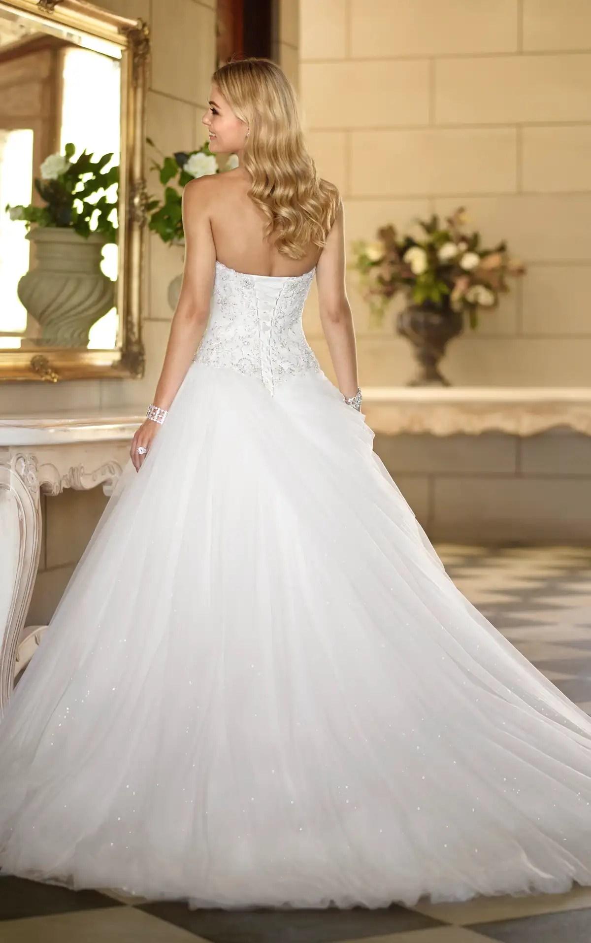Simple Winter Wedding Dresses