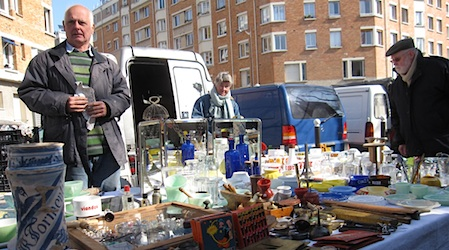 Paris  Dealers to meet at the Porte de Vanves flea market   EuroCheapo