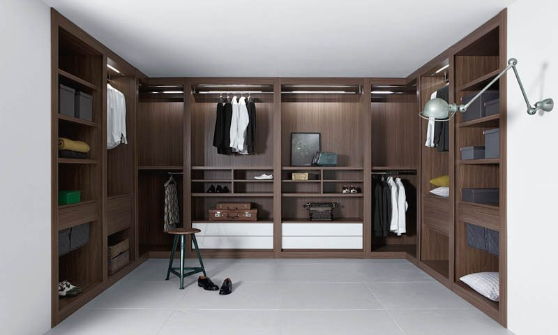 Walk In Closets by Pianca   European Cabinets   Design Studios Walk In Closets by Pianca