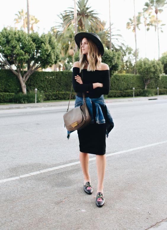 Que Y Mostaza Falda Combinar Zapatos Con Una