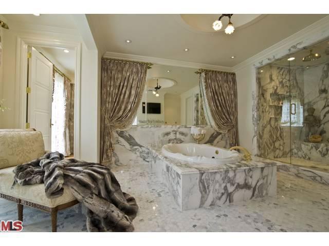 L Shaped Bathroom Design
