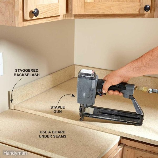 Installing Laminate Countertops   The Family Handyman Raise the Kitchen Countertops
