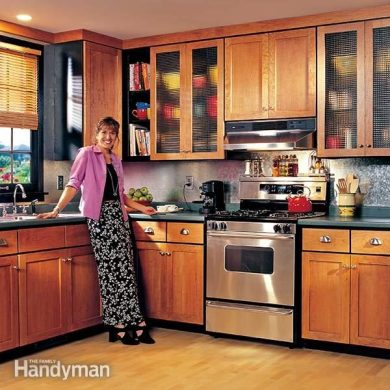 How to Refinish Kitchen Cabinets   The Family Handyman FH99MAR KITCAB 01 3 refinishing kitchen cabinets refinish kitchen cabinets