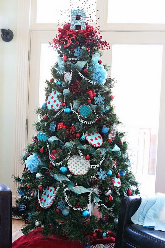 50 Festive Christmas Tree Decorating Ideas   family holiday net     Stylish Christmas Tree tabletop christmas trees LED garland resize026