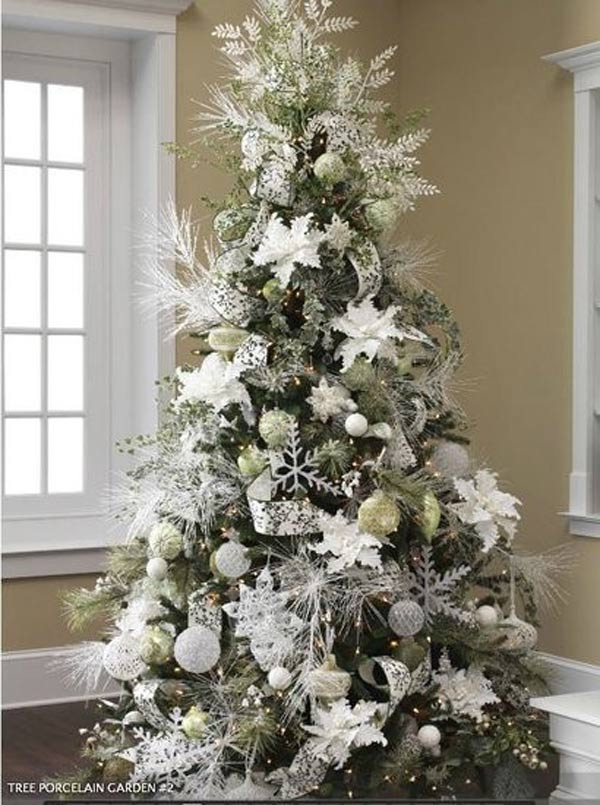 Contemporary Christmas Decor 2017