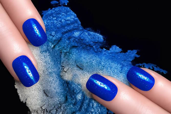 The Crazy Trend Of Dip Powder Nails Is Taking Over Gel And ...