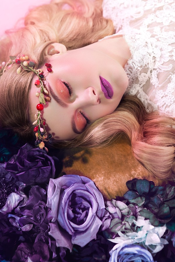 zelo sleeping beauty - 600×900