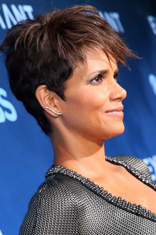 20 Short Hairstyles Celebs Love to Wear: Halle Berry