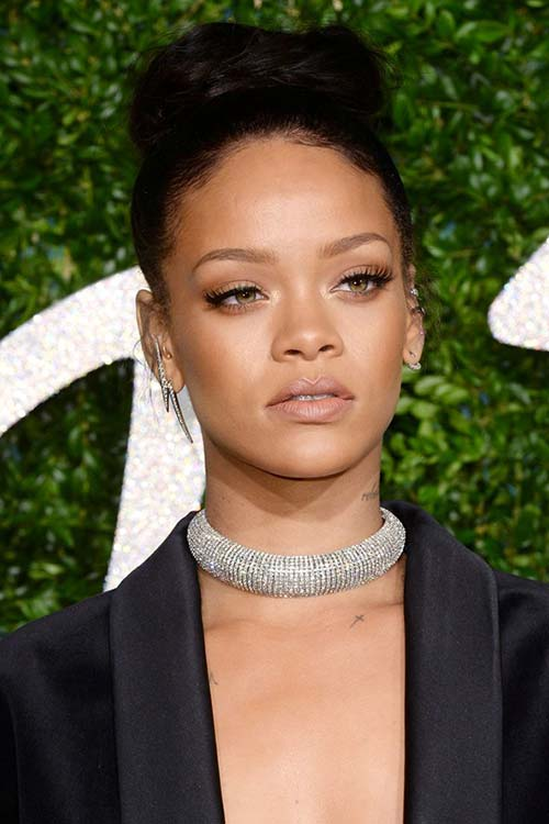 Pretty Holiday Hairstyles to Meet 2015 In Style: Hair Knot - Rihanna