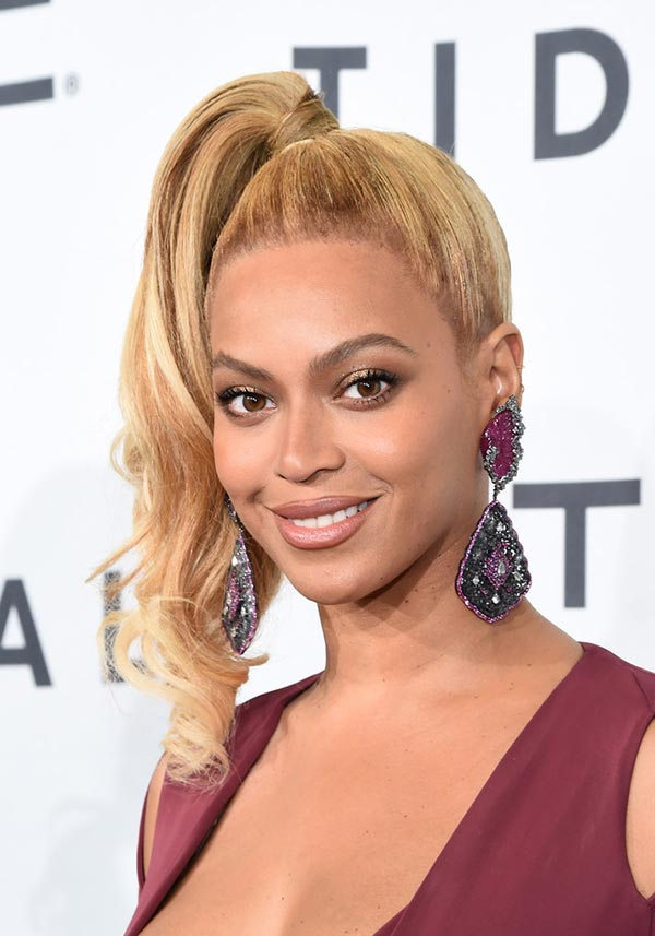 2015 Holiday Party Hairstyles: Beyonce