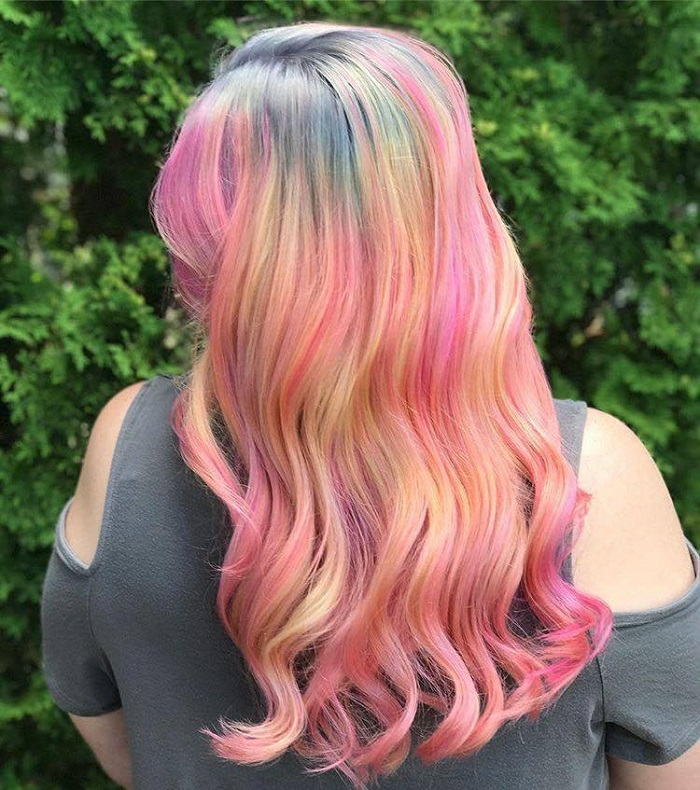 Color Misting is the Most Vibrant Hair Trend on Instagram