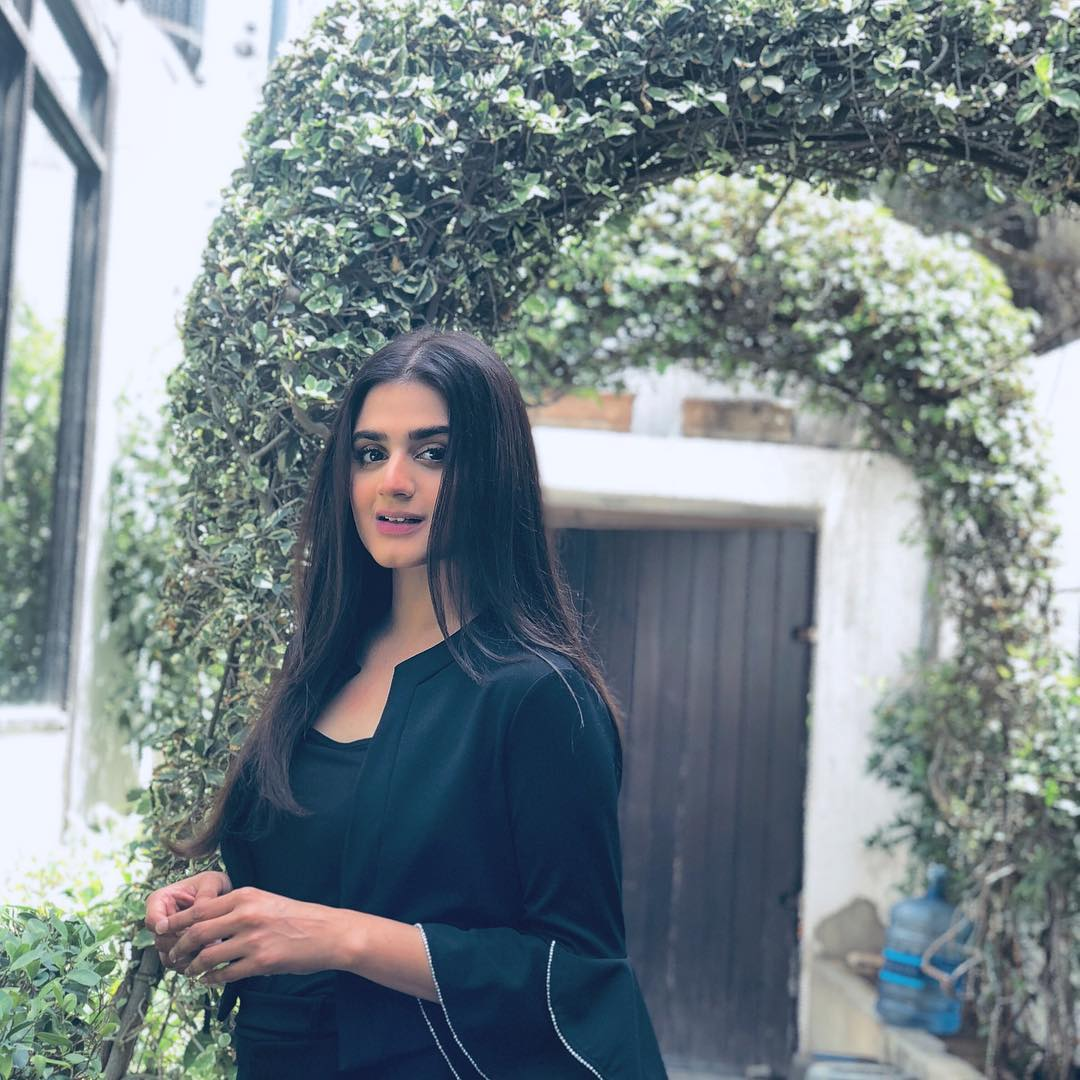 Latest Beautiful Pictures Of Hira Mani With Her Kids