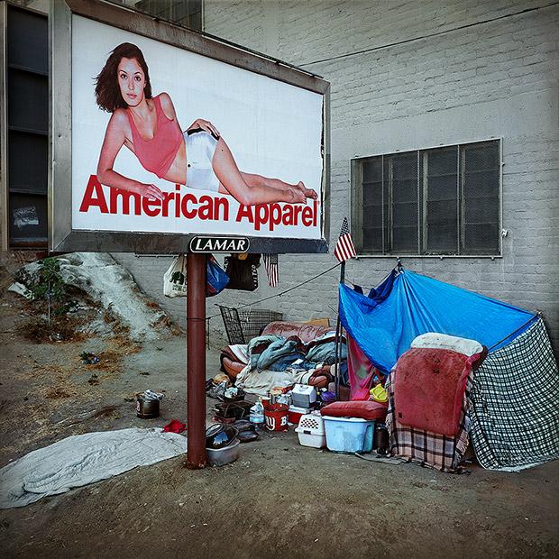 LA's Provocative American Apparel Billboards Found in ...
