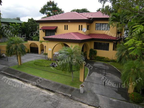 Patio Storage House