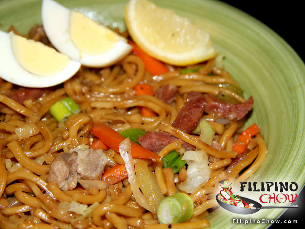 Pancit Canton Filipino Chow S Philippine Food And Recipes