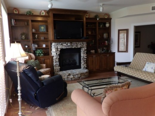 Great Escape  Guntersville 2 Bedroom 2 Full Bathroom Place To Stay     I m Interested in This Property